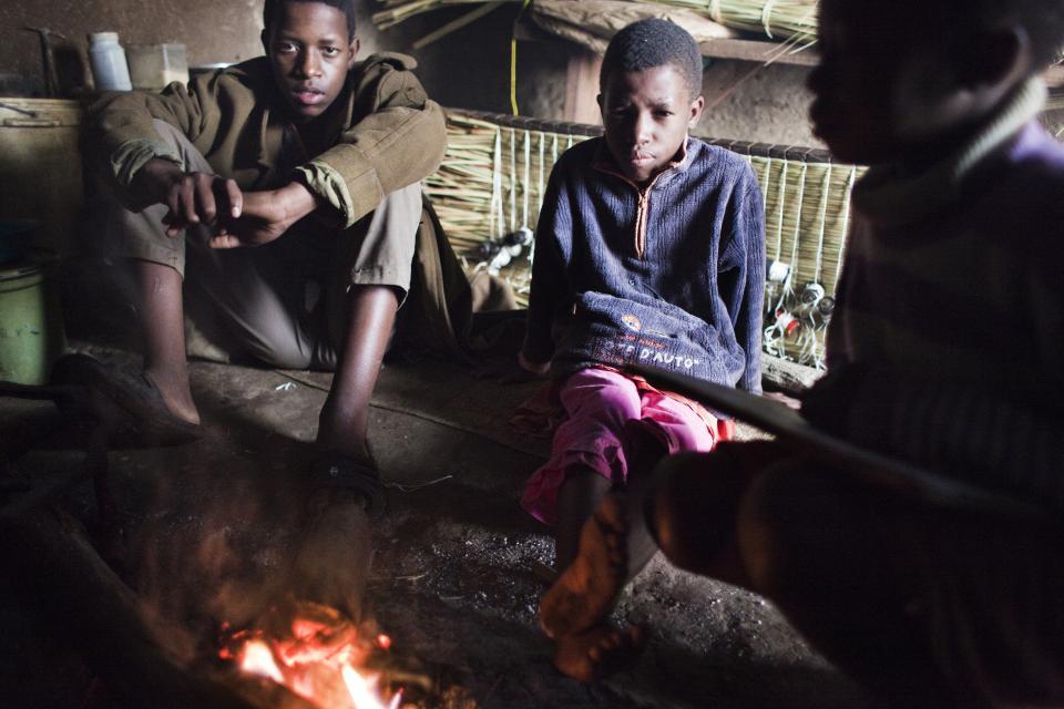 Africa 9 –© Bob Van Mol