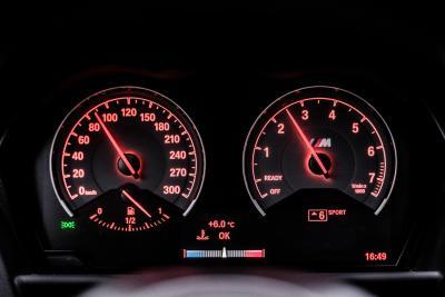 BMW 2002 en BMW M2 –© Bob Van Mol